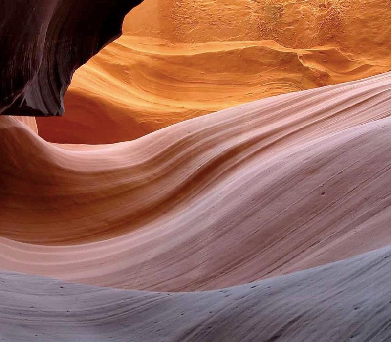 Цветной и белый каньоны